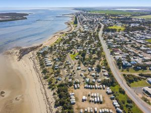 Port Broughton Tourist Park - Accommodation Yamba